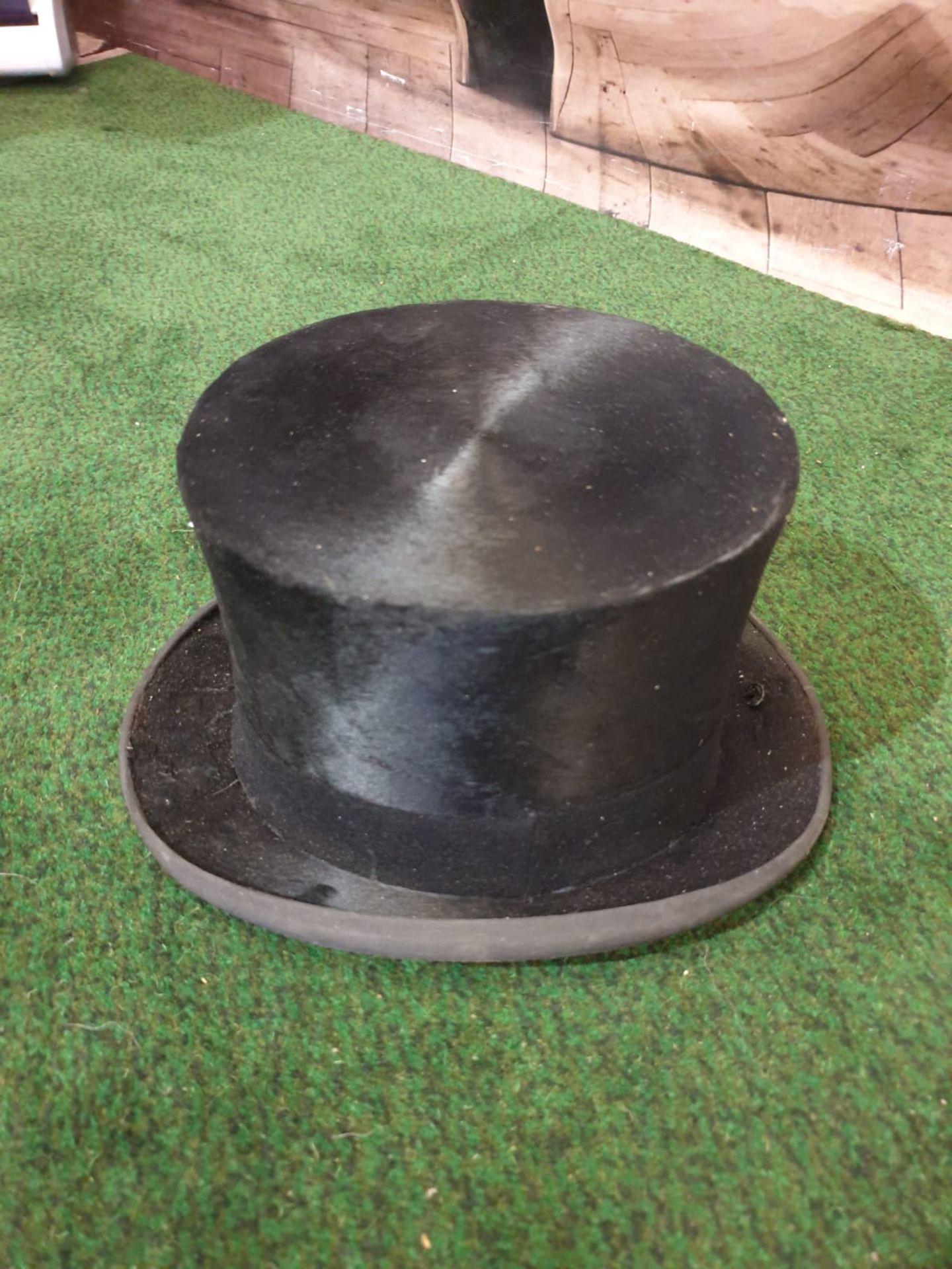 A James Lock + Co. Silk Black Top hat in a Waltar Barnhard card box - Image 2 of 4