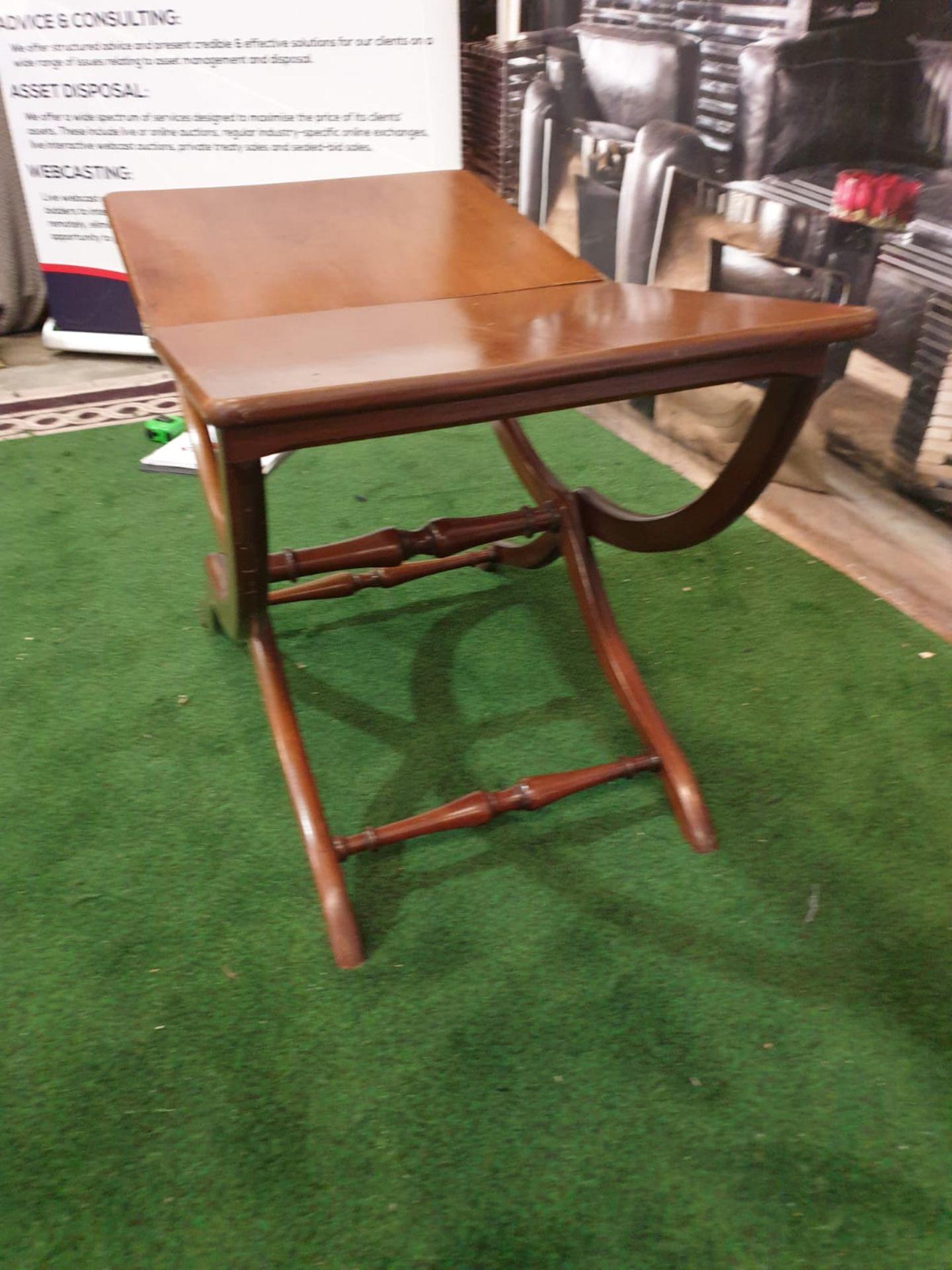 A polished mahogany folding table 76 x 43 x 49cm (Nb bar latch missing) - Image 3 of 5