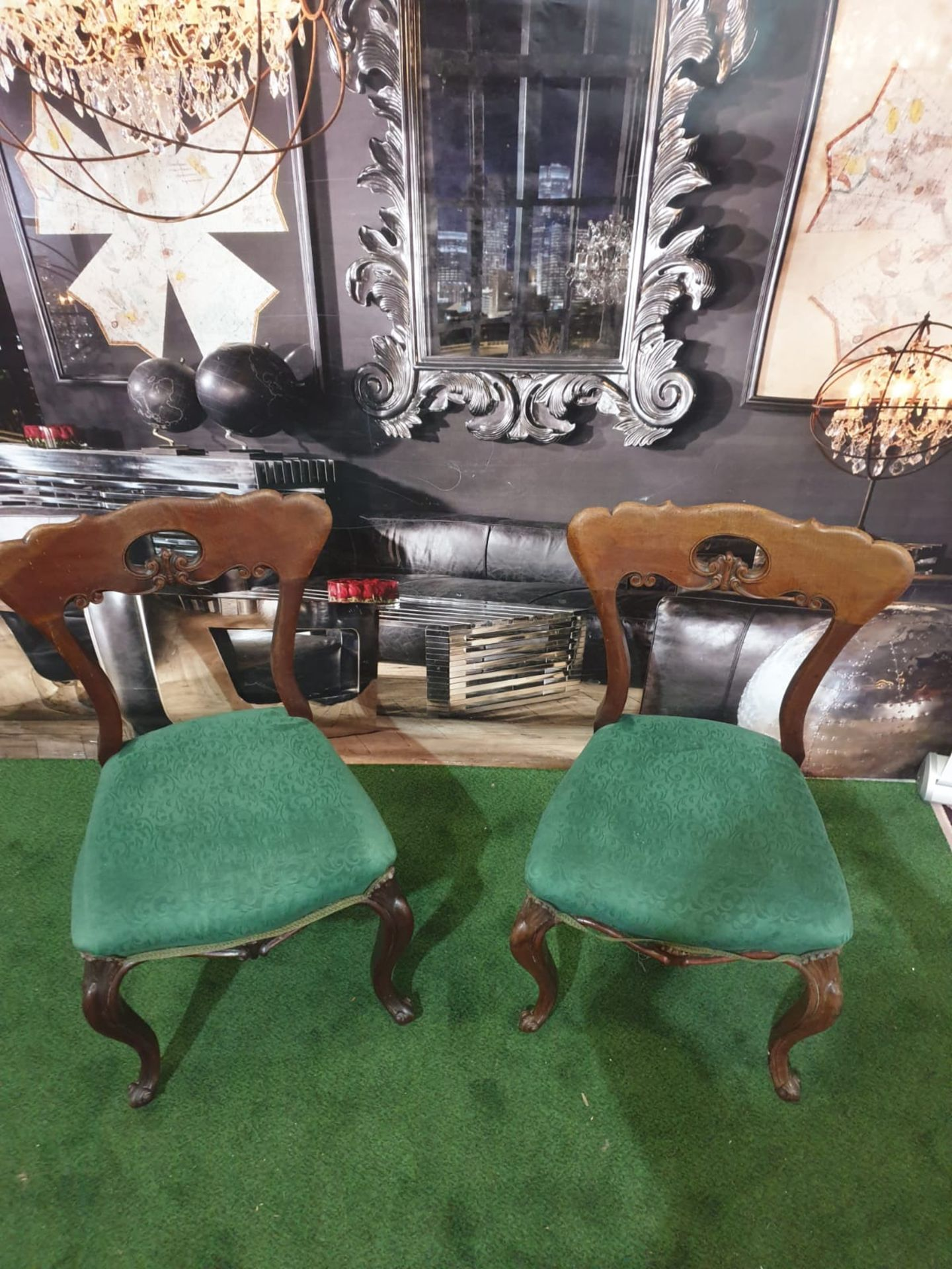 A pair of Victorian walnut chairs. The spoon shaped backs with moulded supports and a shaped and - Image 3 of 5