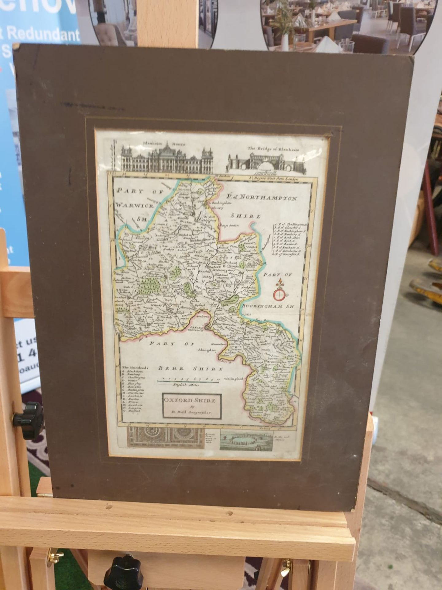 Antique Map of Oxfordshire Herman Moll unframed Detailed and highly decorative early 18th century - Image 2 of 2