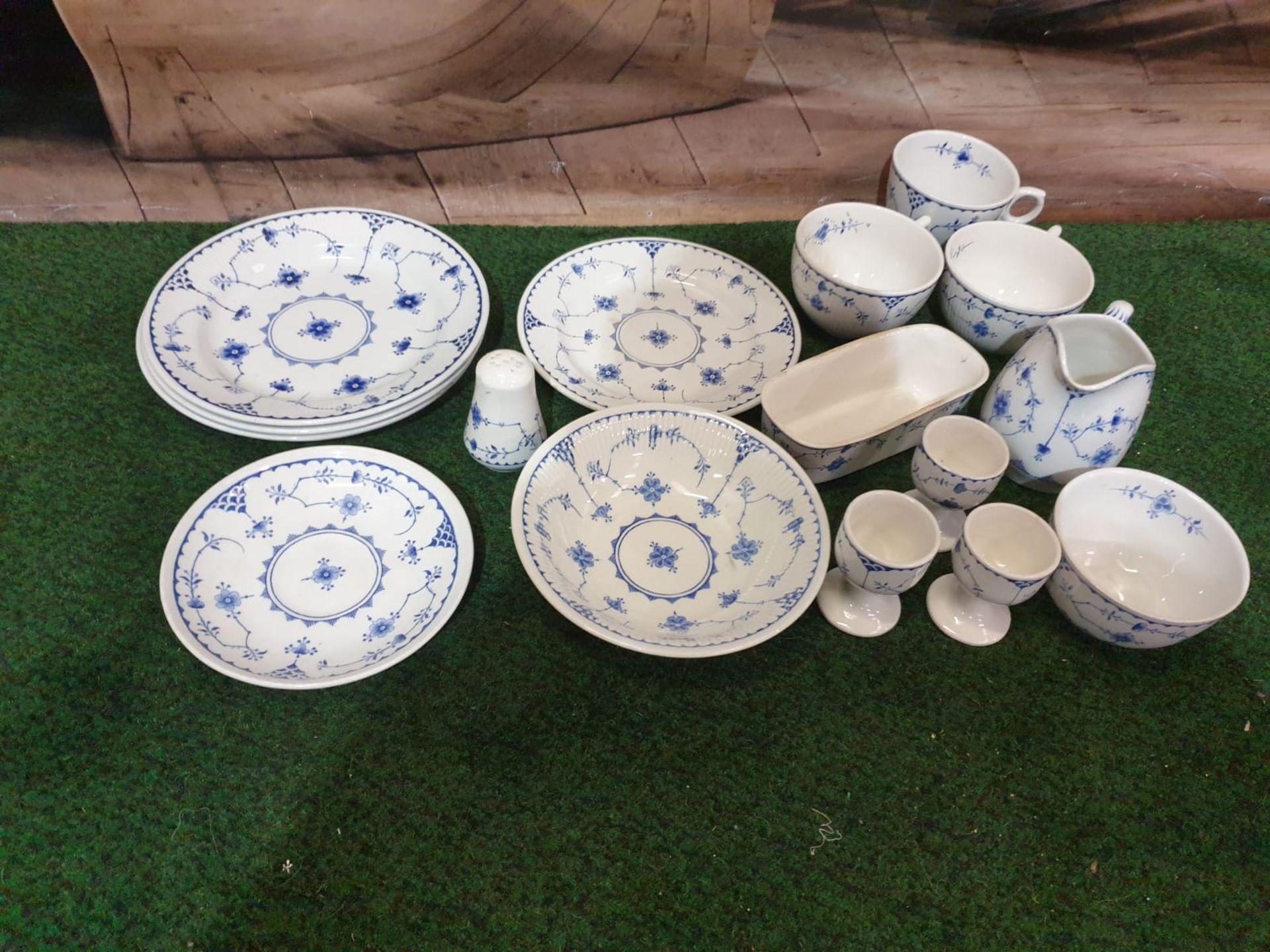 Furnivals Denmark – Blue partial tea service comprising of 3x plates 1x service plates 1x saucer