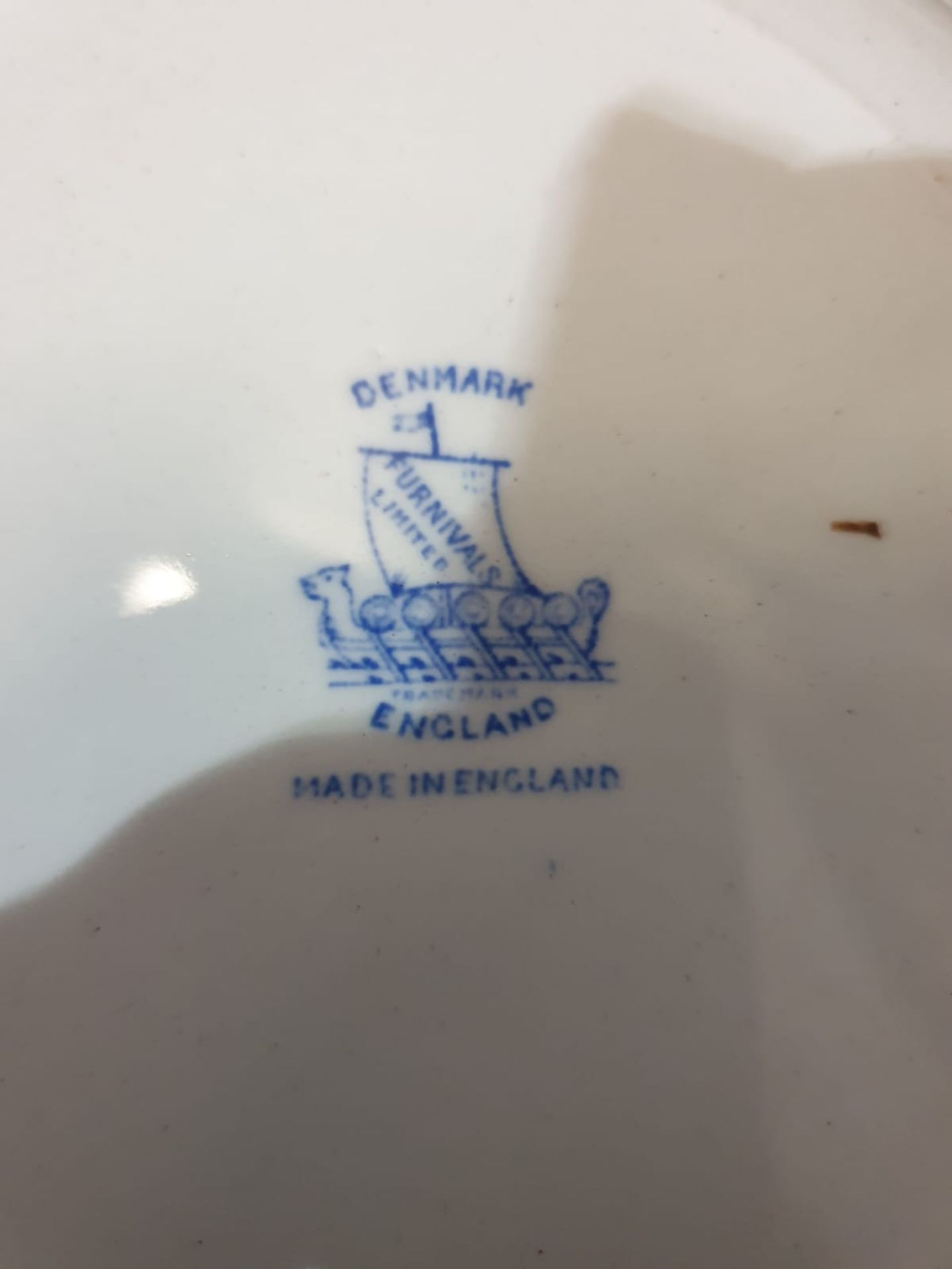 Furnivals Denmark – Blue partial tea service comprising of 3x plates 1x service plates 1x saucer - Image 2 of 3