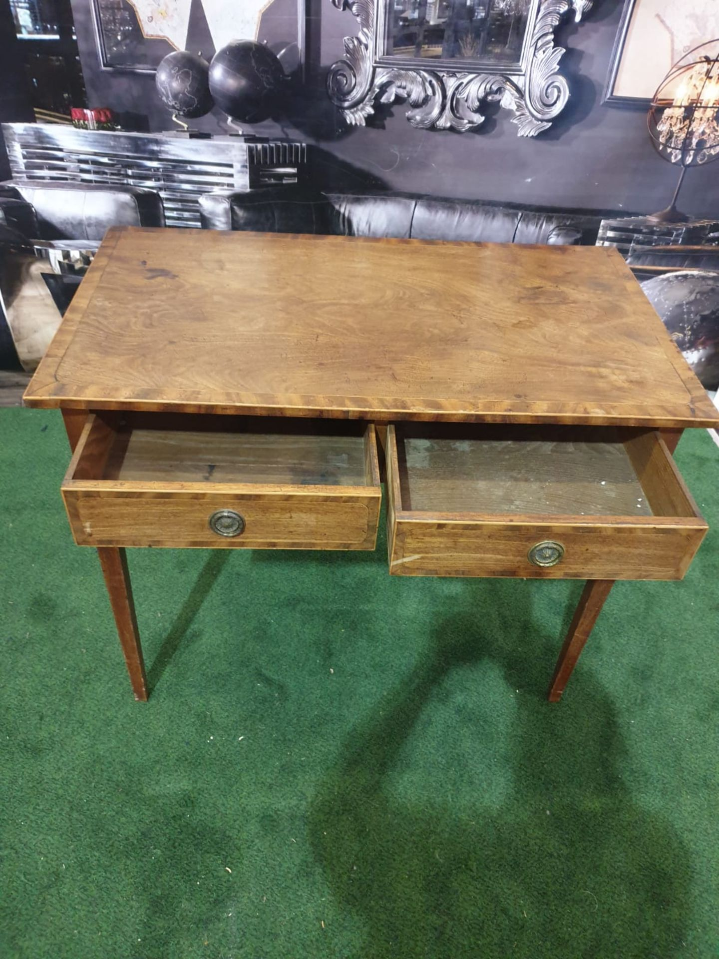 A George III mahogany side table. Strung with boxwood and crossbanded, the oblong top above a pair - Image 4 of 4