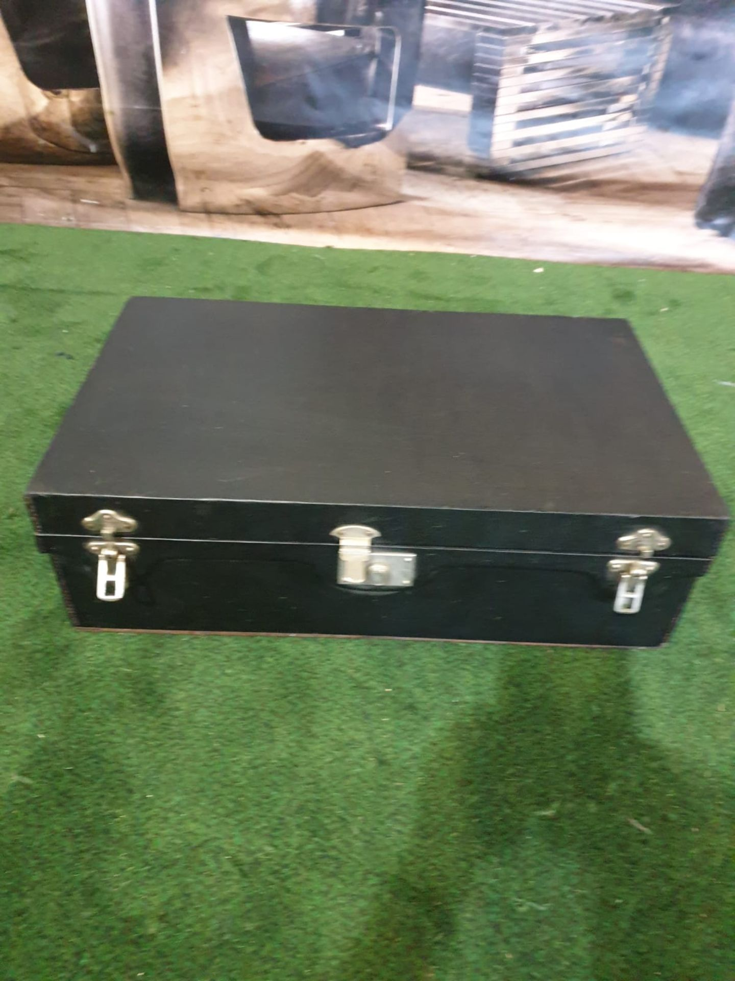 A vintage black picnic box with partial set contained as photographed 61 x 38 x 19cm - Image 3 of 3