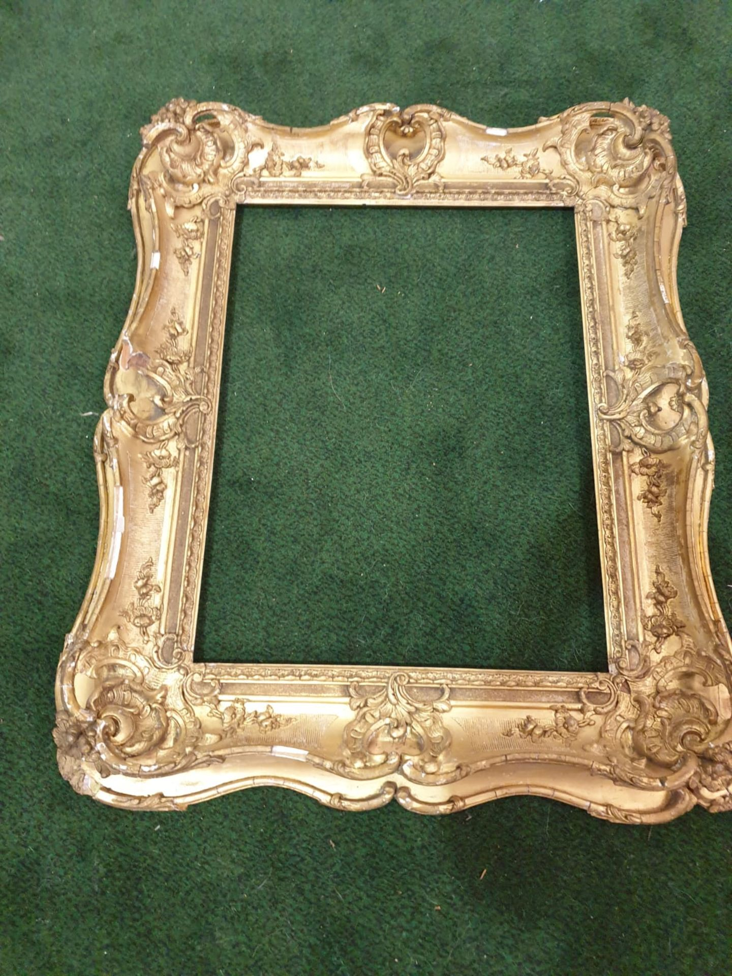 Gesso picture frame 89 x 75cm - Image 2 of 3