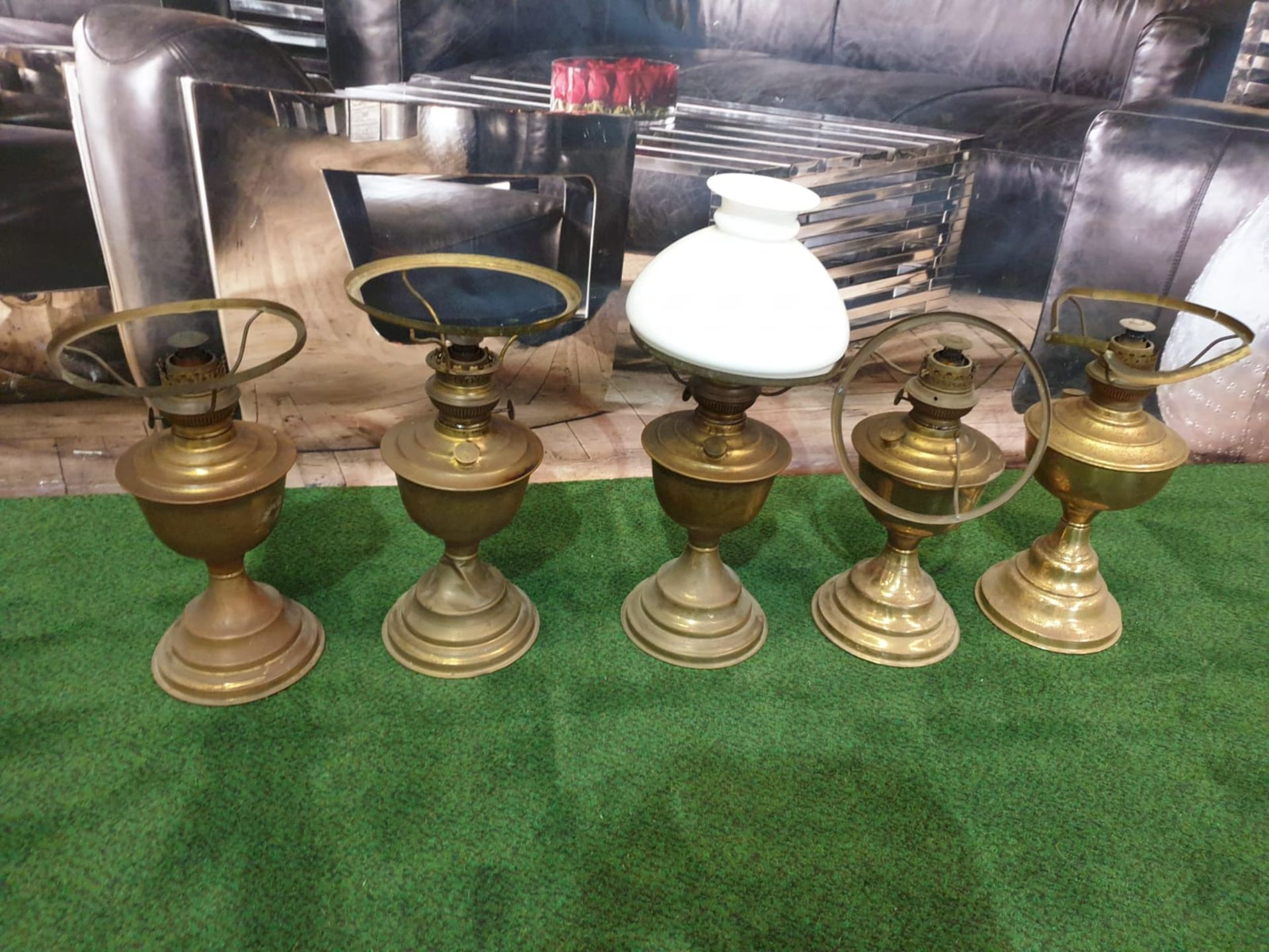 5 x Brass oil lamp with opaque white glass shade, late Victorian.c. Circa 1890. These oil lamp looks - Image 2 of 6