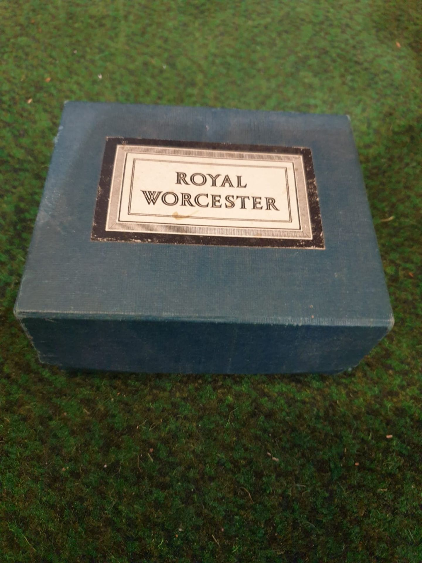 Royal Worcester Egg Coddlers 2 x boxed pairs of porcelain decorated egg coddlers - Image 4 of 4