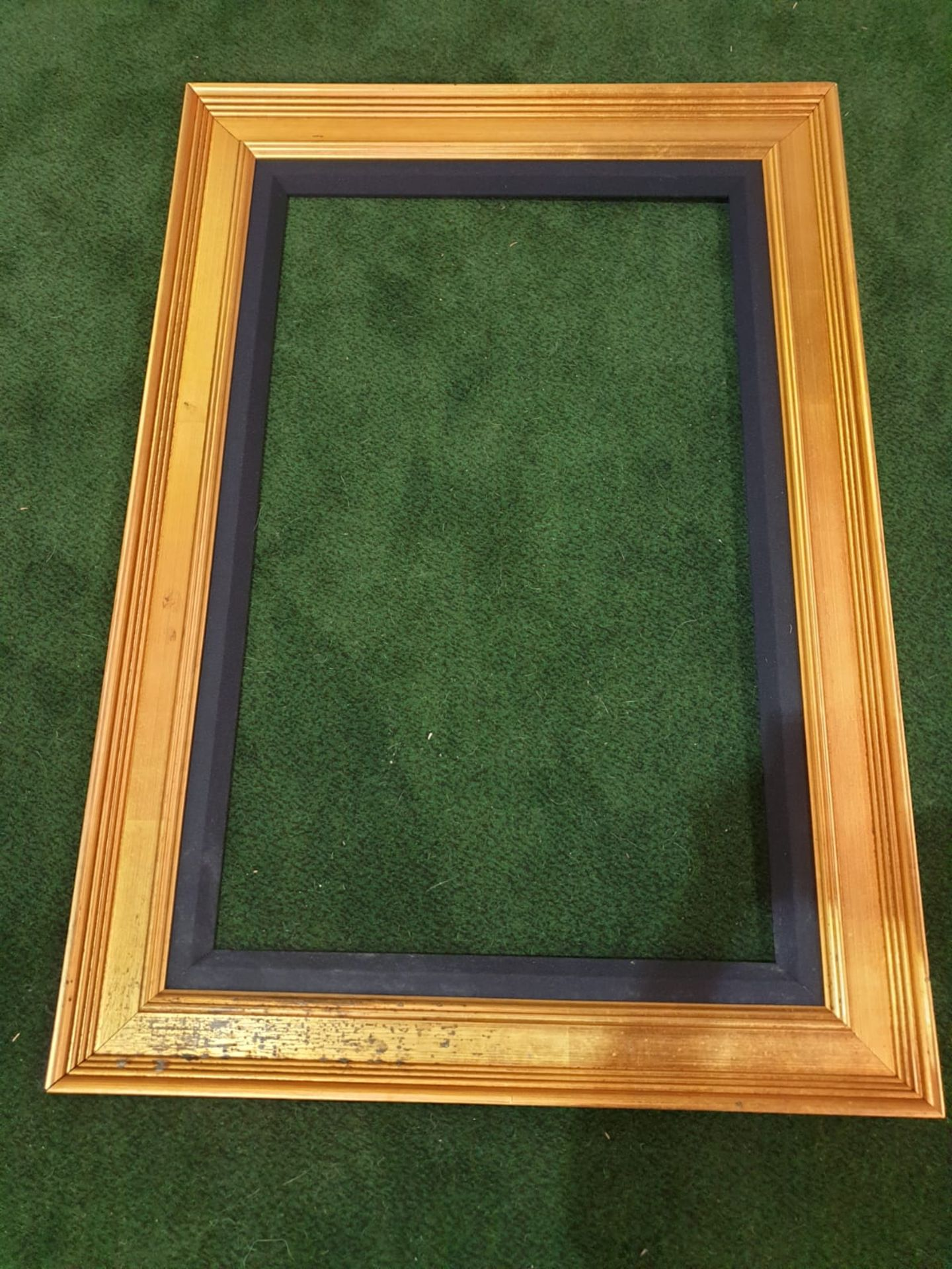 Gilt picture frame 80 x 116cm - Image 3 of 3