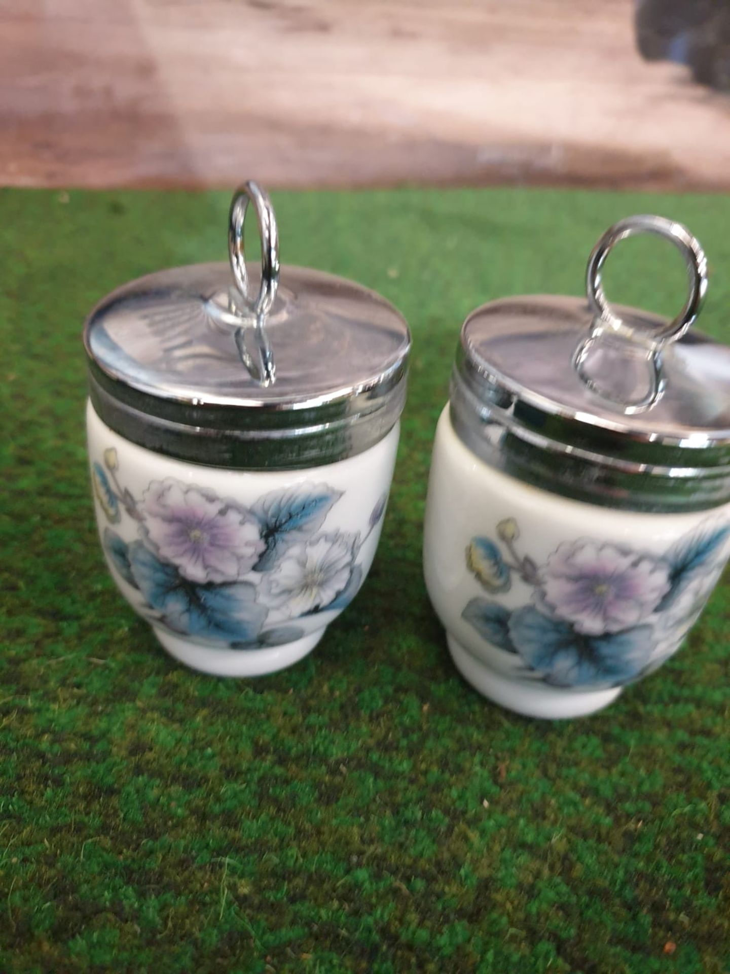 Royal Worcester Egg Coddlers 2 x boxed pairs of porcelain decorated egg coddlers - Image 2 of 4