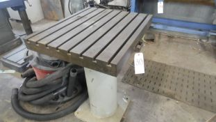 20 X 28 WORK TABLE