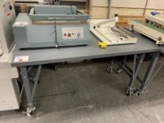 GREY ROLLING TABLE 60X36X 34