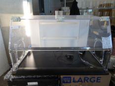 """Flow Sciences 3' VBSE 33 x 21"""" (Interior) Bench Top Flow Hood"""