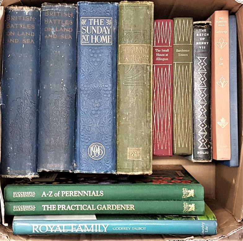 British Battles On Land And Sea and 5 Folio Society Books, plus 5 others (a box)