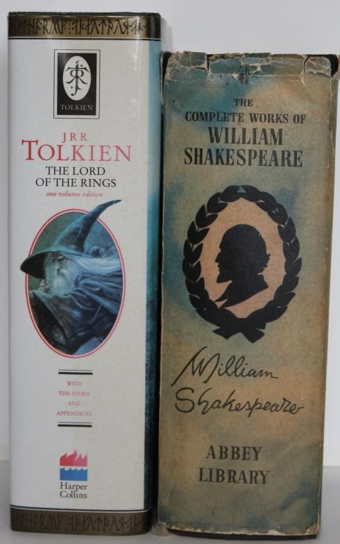 Lord of the Rings: JR Tolkien & The Complete Works of William Shakespere (2).