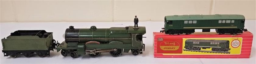 Hornby No.2 Lord Nelson Locomotive and an LNER N2 Tender contained in mahogany box along with a