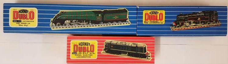 "Three Hornby Dublo 00 Gauge Model Locomotives - EDL 11 Loco & Tender E.R. ""Silver King""; EDL18"