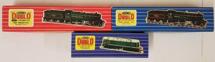 "Three Hornby Dublo 00 Gauge Model Locomotives - 2220 Loco & Tender W.R. ""Denbeigh Castle""; EDL T20"