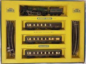 Hornby Duplo 2 Rail Electric Train Set 2035 Pullman Train S.R. - boxed