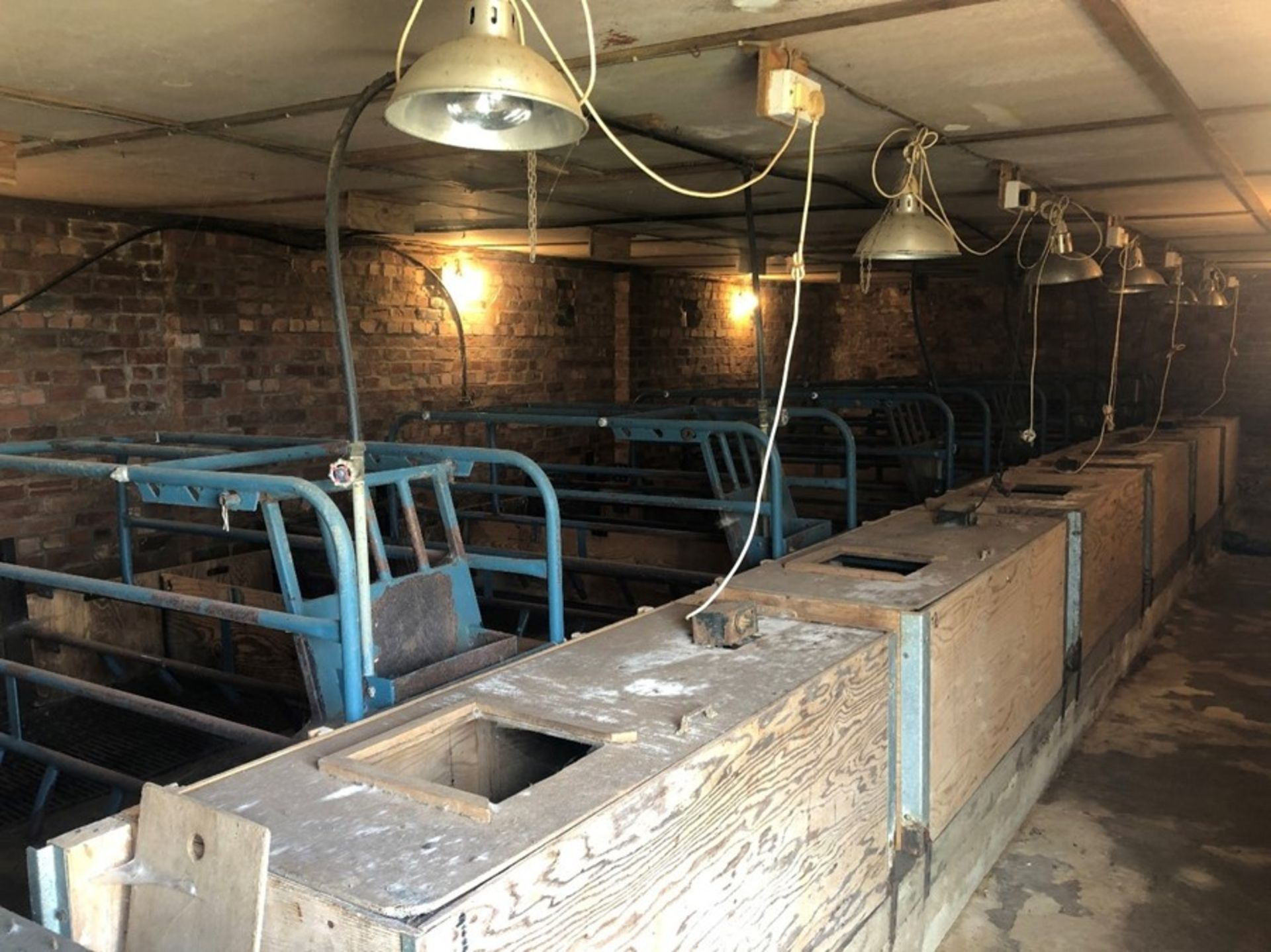 6 farrowing crates, cast iron slatted floors, weaner boxes (sold in situ, buyer to dismantle)
