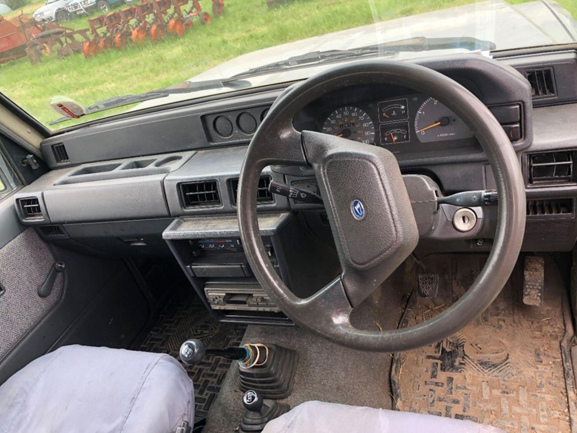 (90) Daihatsu Fourtrak TDL Commercial, 129,700 miles, one owner, no MOT, Reg R571 MEW, 1 key in - Image 8 of 9