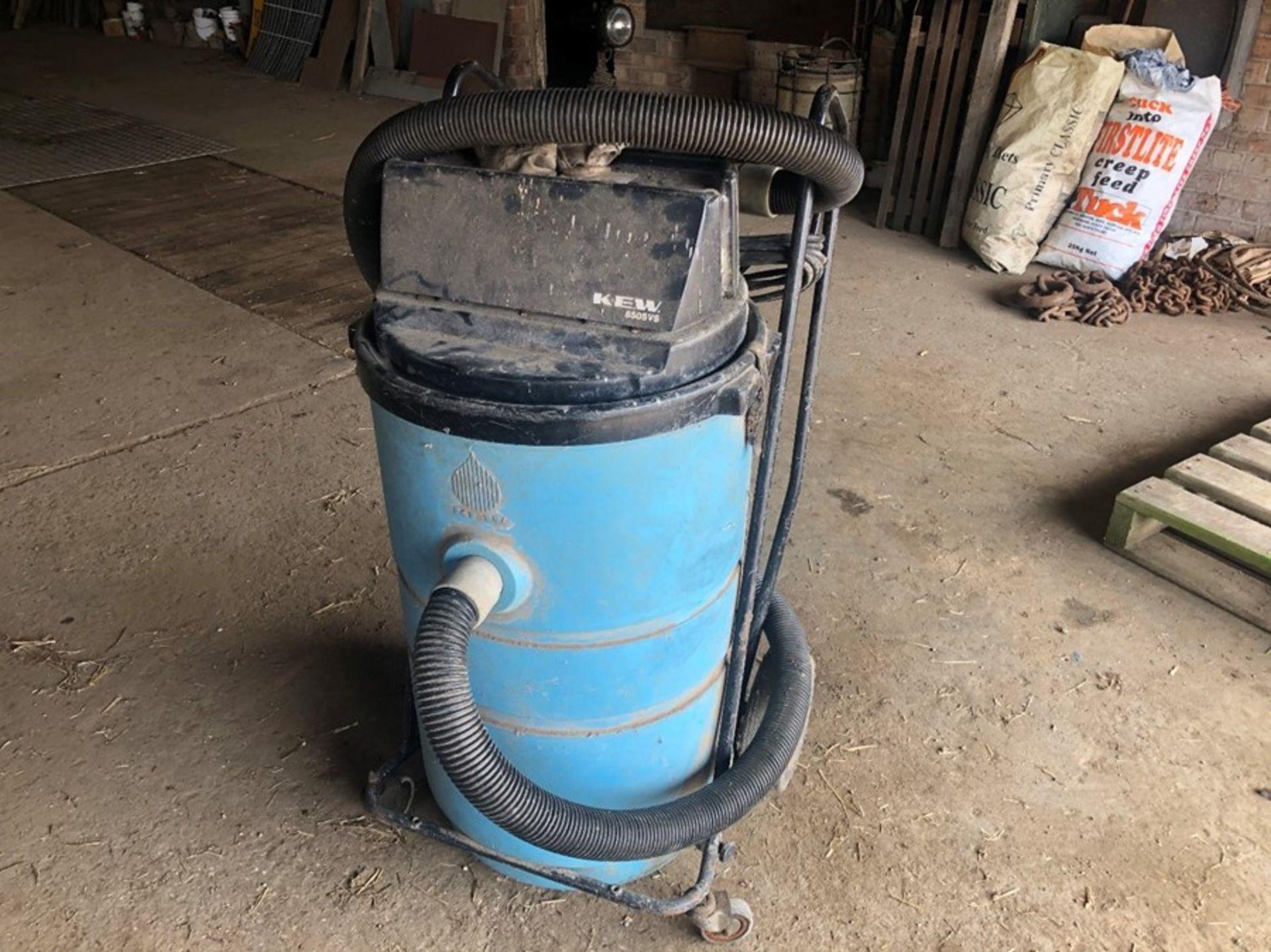 Kew pneumatic vacuum - Passed PAT test