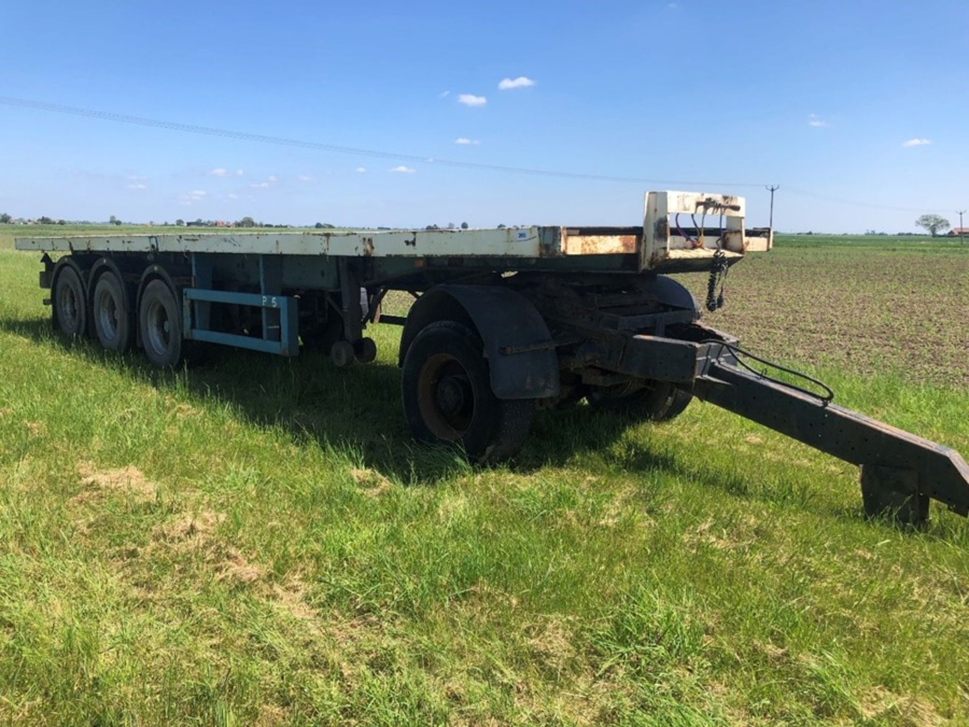 Articulated tri-axle trailer with 5th wheel bogey