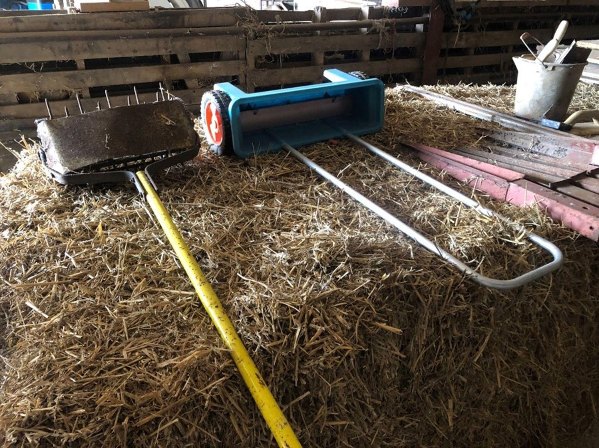 Lawn spiker & fertiliser applicator