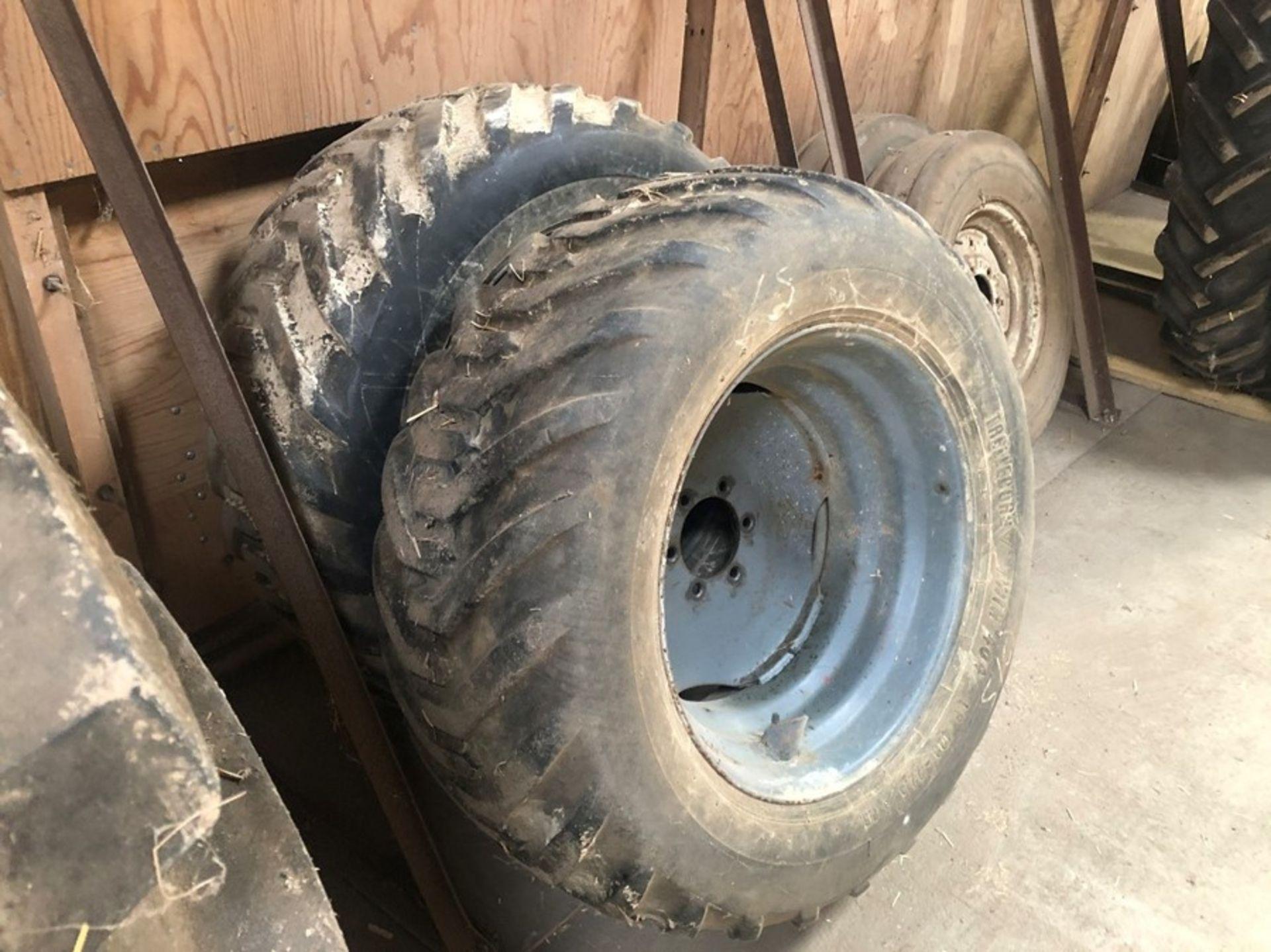 Pr Trelleborg Twin 404 LP 400-22.5 front 6 stud wheels