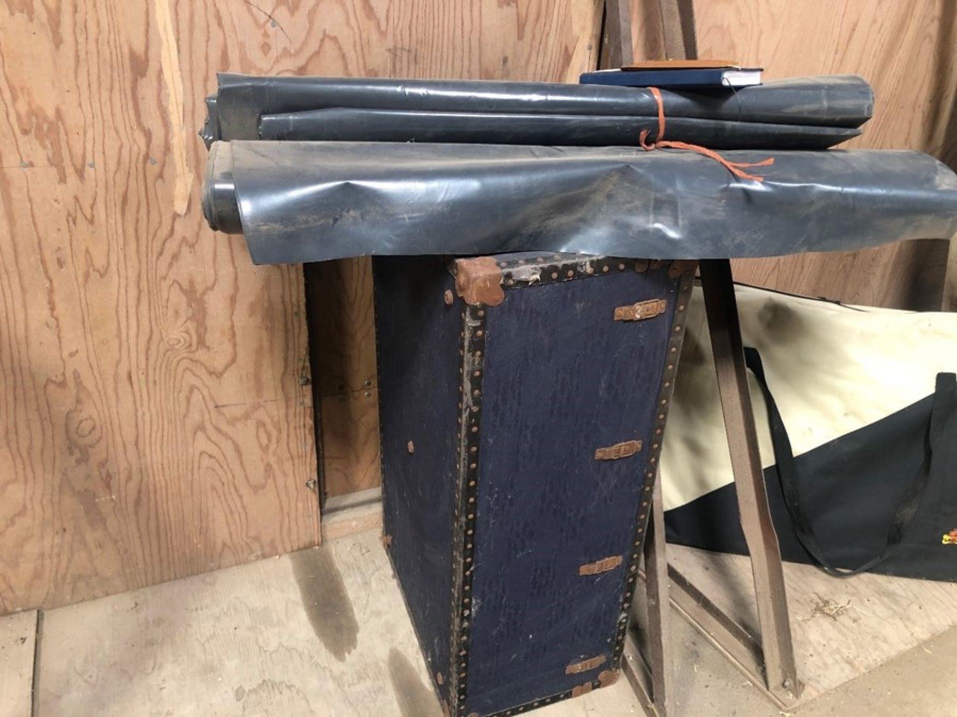 Storage trunk & plastic