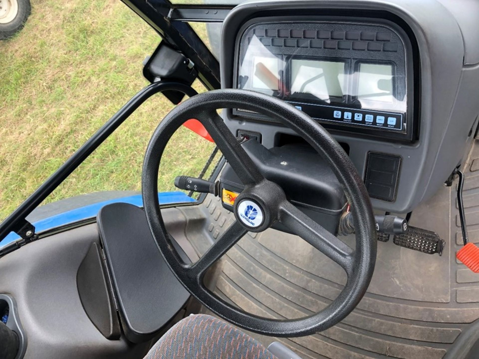 (07) New Holland TM 155 - Image 5 of 10