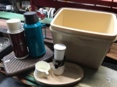 PLASTIC COOL BOX WITH A NUMBER OF THERMOS FLASKS & PLATES