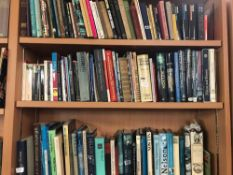 3 SHELVES OF HARDBACK & PAPERBACK BOOKS A NUMBER RELATING TO THE LIFE AND TIMES OF ADMIRAL