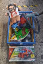 BOX OF ASSORTED CHILDREN'S TOYS