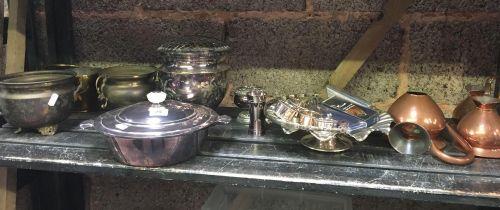 SHELF OF VARIOUS BRASS & PLATEDWARE