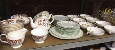 SHELF WITH PART SET OF COLCLOUGH BONE CHINA & OTHER CHINAWARE