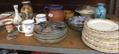 SHELF OF MIXED CHINAWARE INCL; COLLECTOR PLATES BY COALPORT & DANBURY MINT