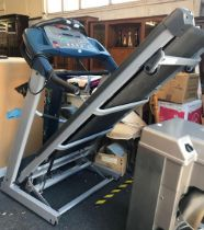 LIFE FITNESS SPORT ST 55 RUNNING MACHINE & A V-FIT BELLY BUSTER