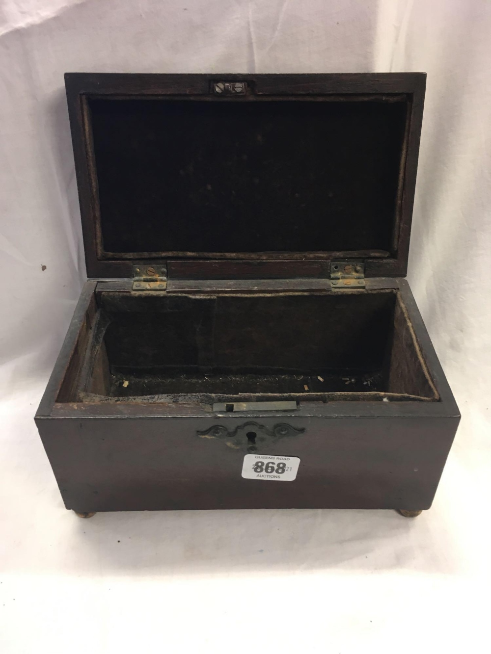 TWO WOODEN CASKETS - 1 INCL; VARIOUS EMPTY PURSES - Image 3 of 6