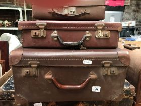 3 VINTAGE BROWN FIBRE TRAVEL CASES
