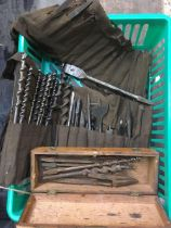 CARTON OF VINTAGE MISC AUGER & DRILL BITS