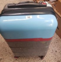 SMALL SUITCASE ON WHEELS