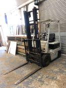 Komatsu V015Y240 Electric 4-Wheel Forklift