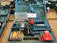 Makita T221D Cordless Staple Tacker Gun Set