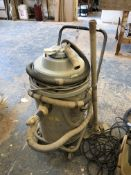 Stork 860 Industrial Wet and Dry Vacuum