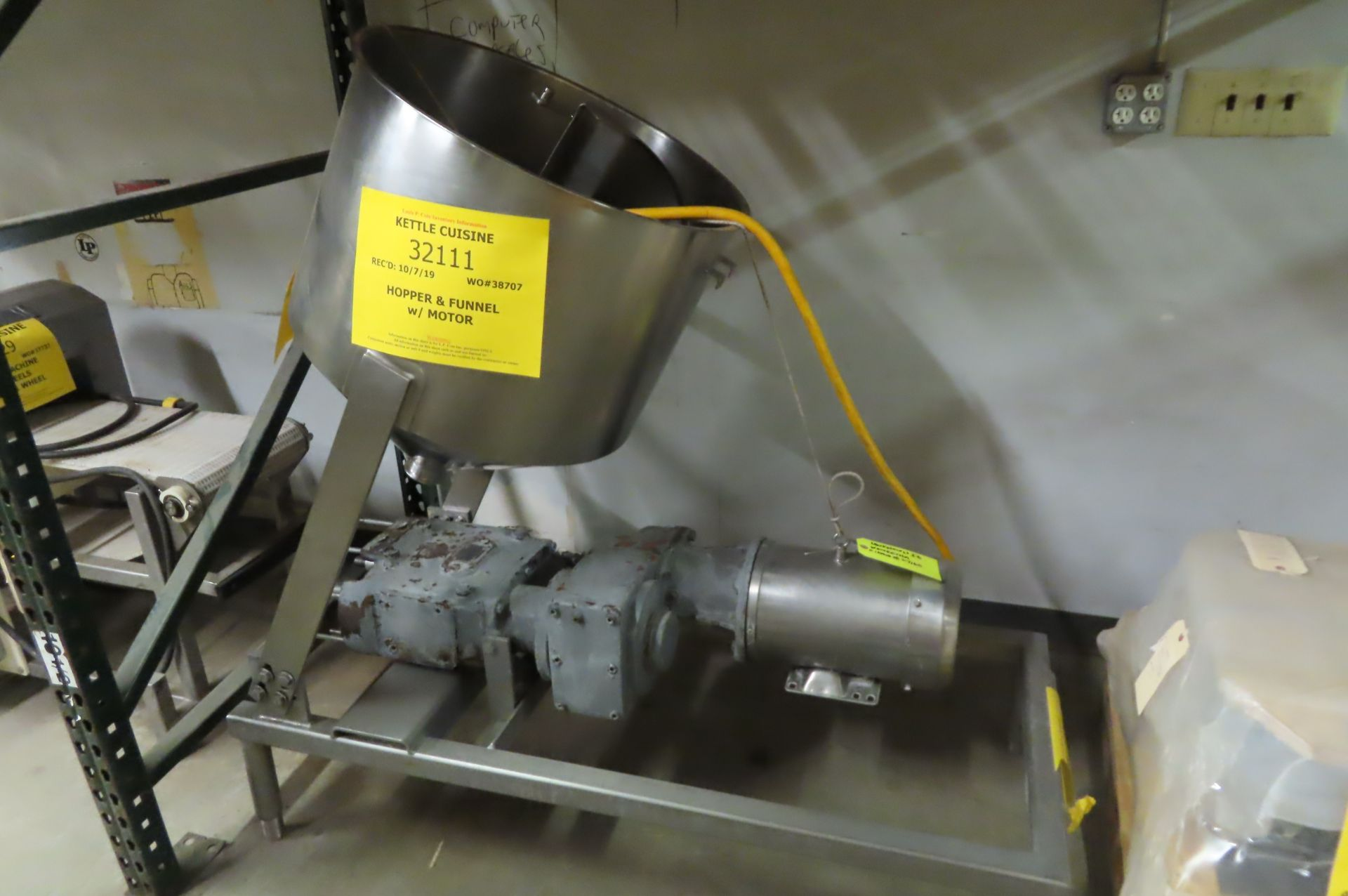 Pump with Hopper