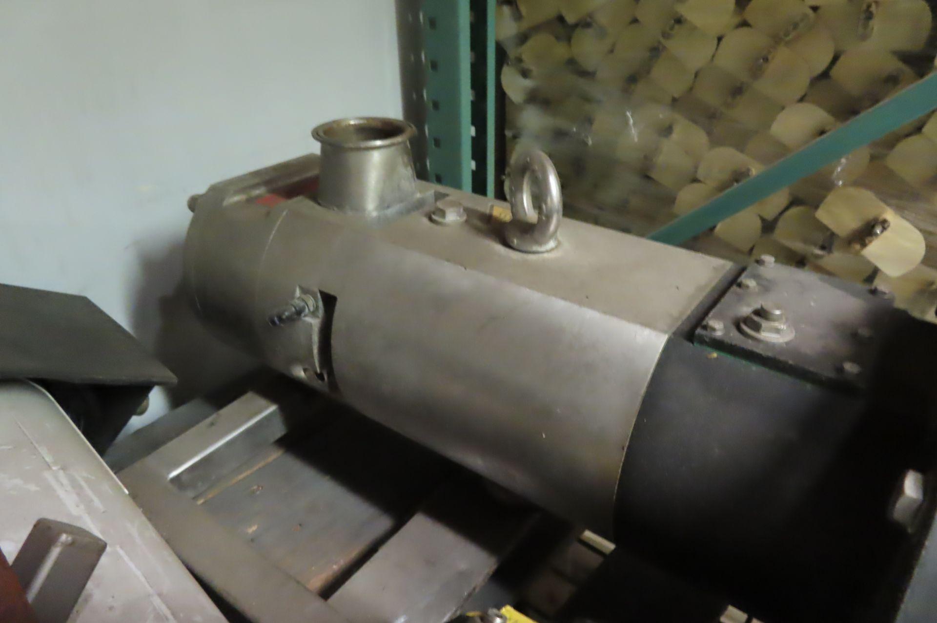 Pumps - Image 3 of 4