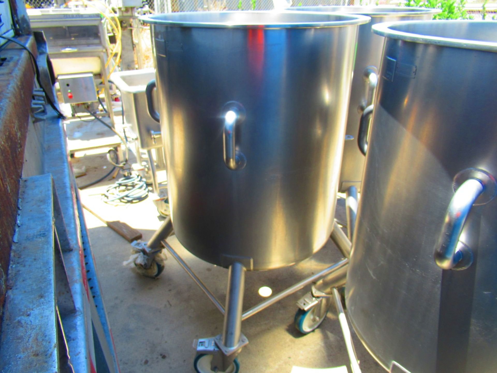 135 US Gal Stainless Tank - Image 2 of 4