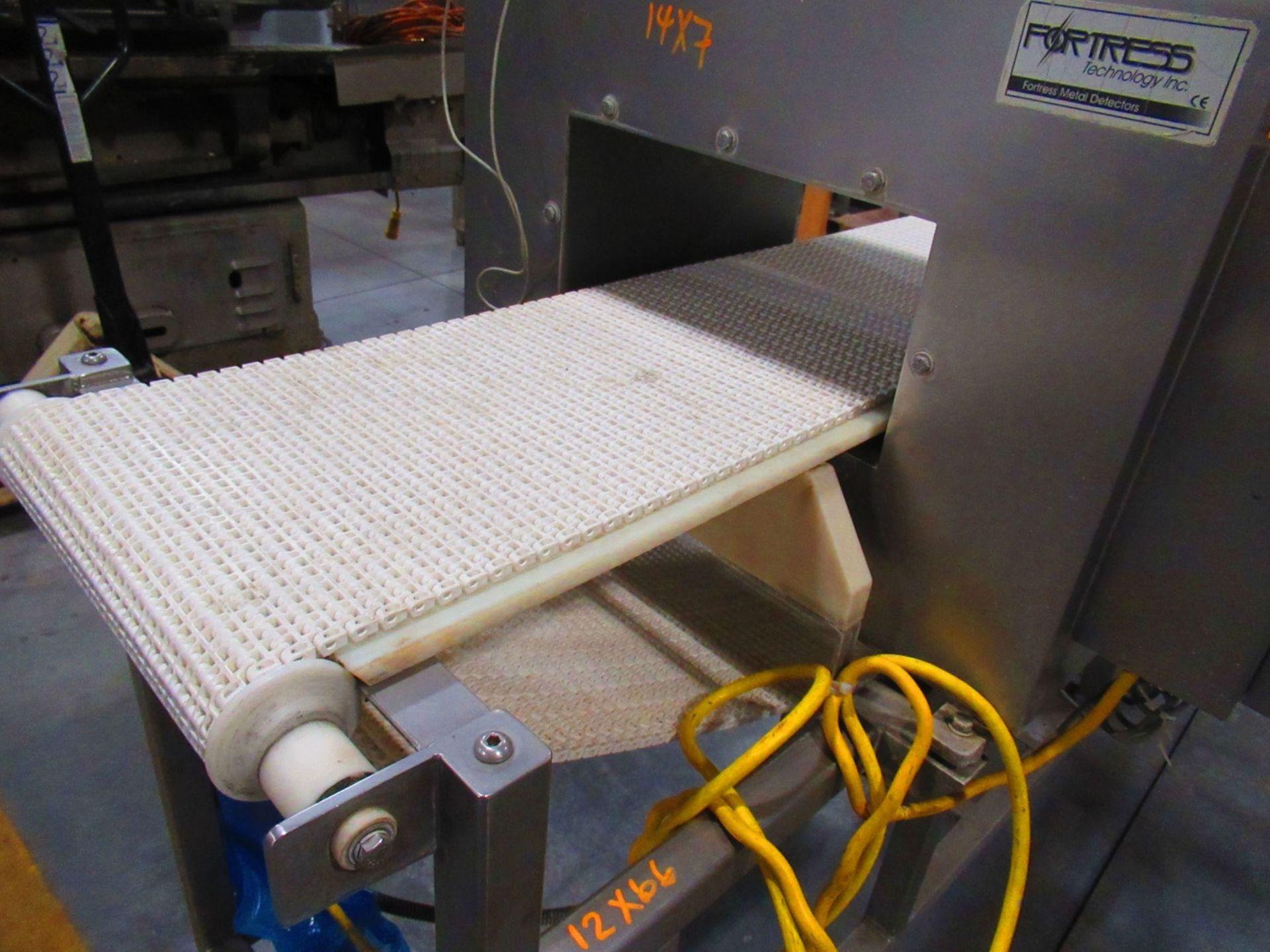 Metal Detector - Image 3 of 4