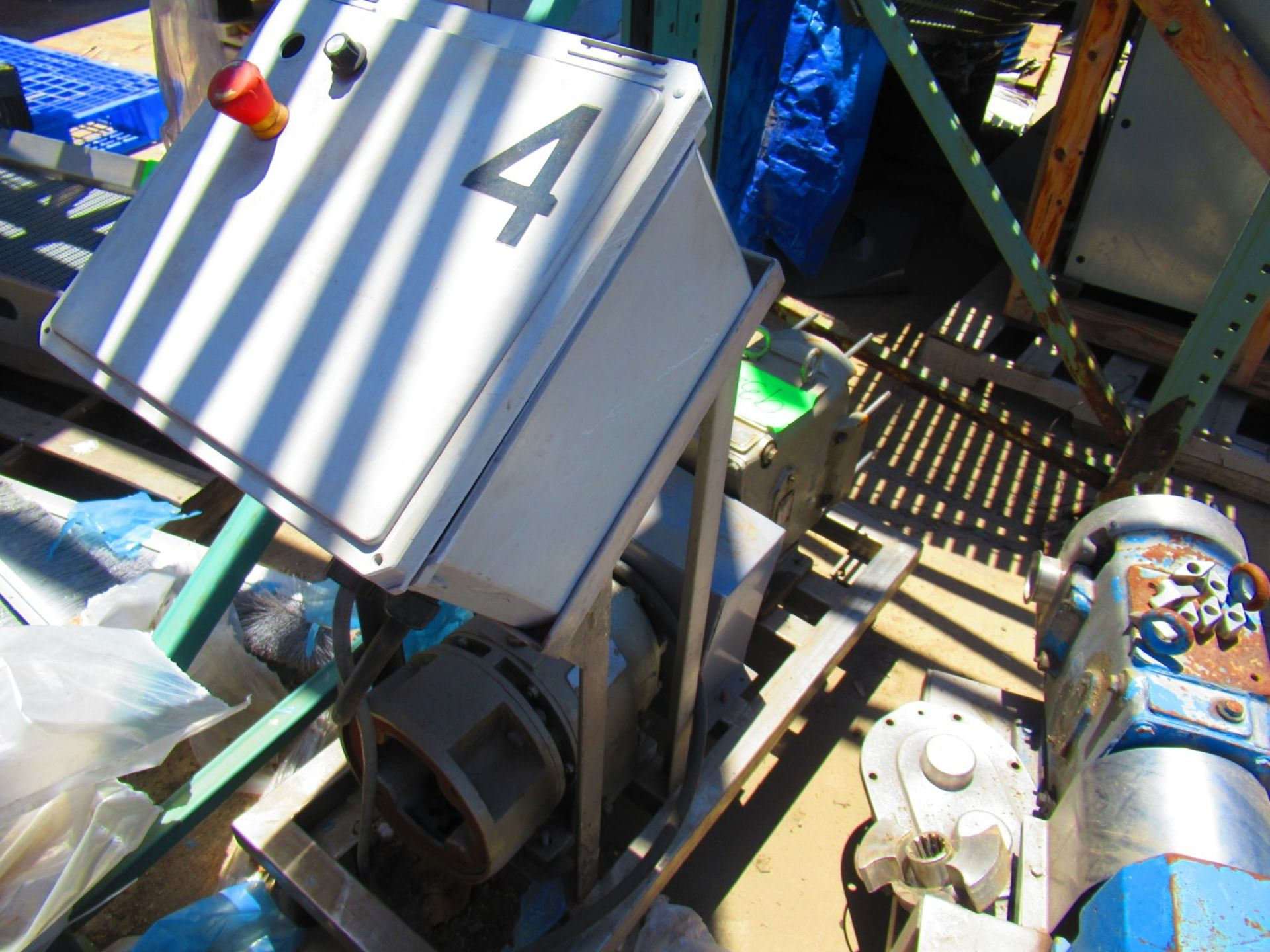 Transfer PD pumps - Image 2 of 4