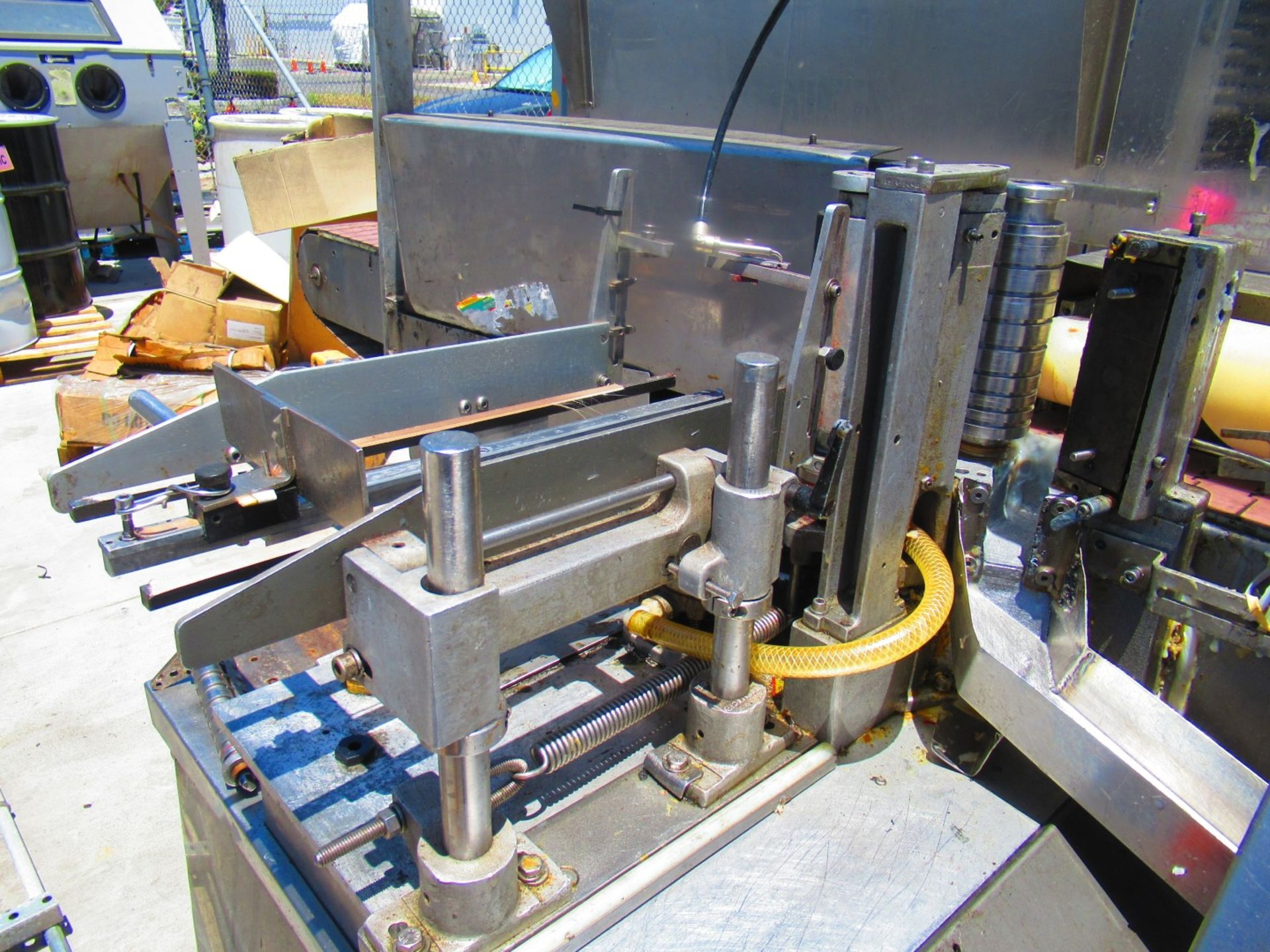 Labelling Machine - Image 2 of 9